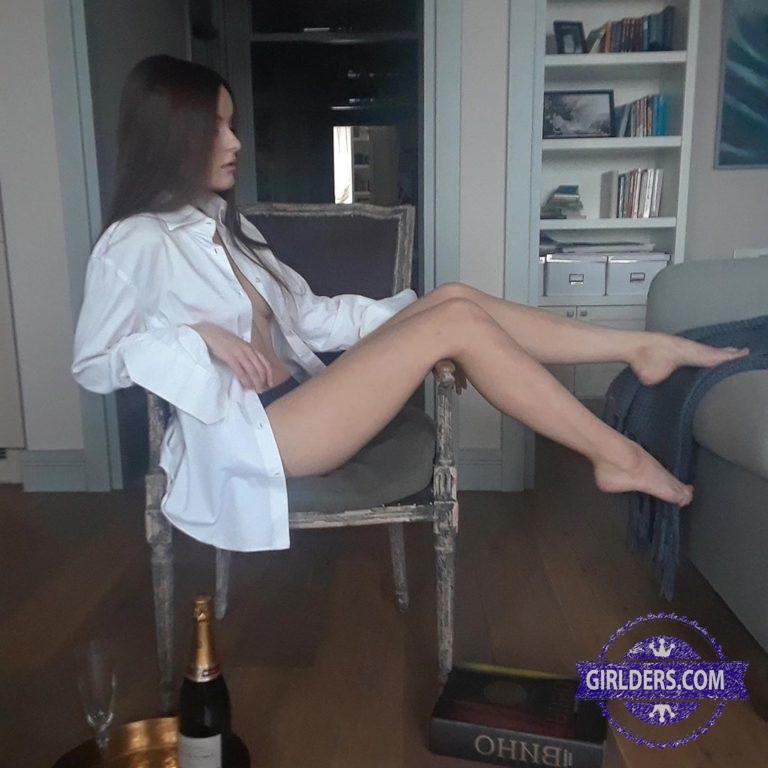 Яна Леонова сексуальное фото